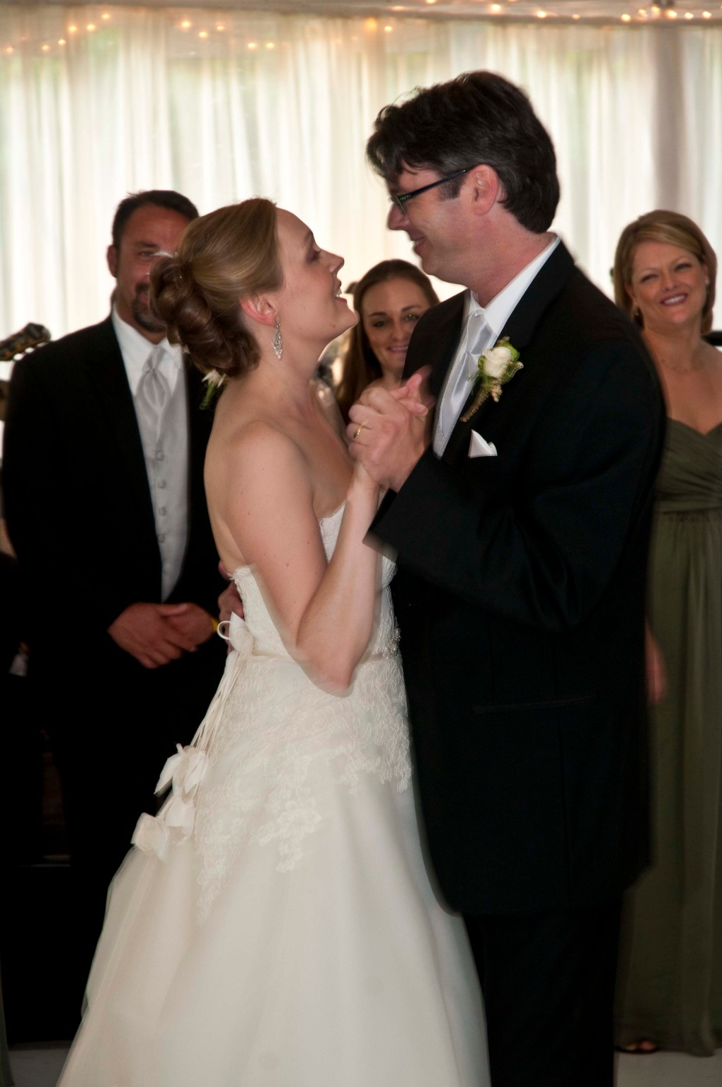 First dance for the married couple.