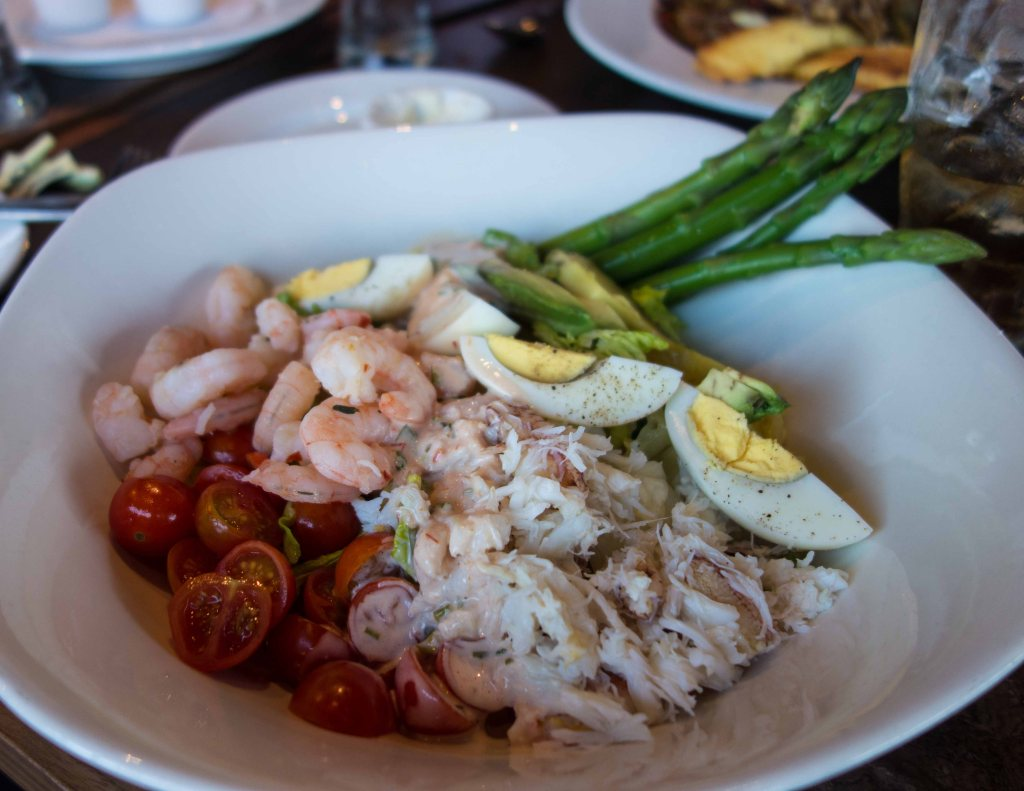 Tons of crab and shrimp, hard cooked egg, asparagus, lettuce and Louis dressing.  What's not to love?