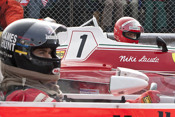 Chris Hemsworth and Daniel Bruhl compete in Rush
