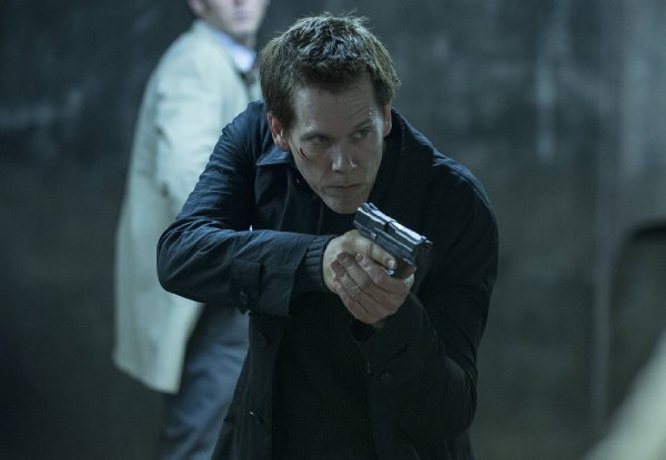 Kevin Bacon stars as Ryan Hardy in The Following