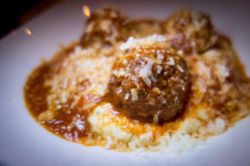 Meatball in soft polenta.