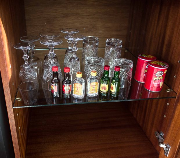 This mini-bar had crystal goblets. Ours didn't.