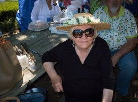 Gail channeled her inner Minnie Pearl