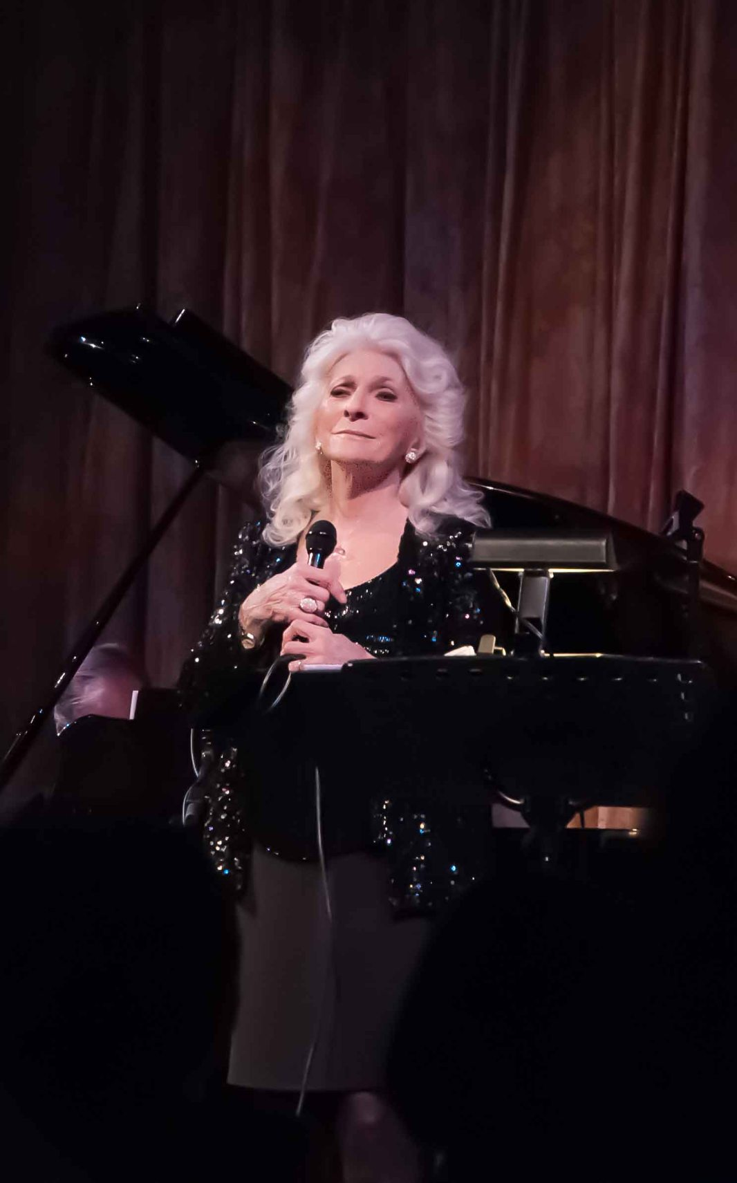 Still gorgeous, Judy Collins in the Venetian Room.