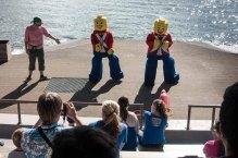 Dancing Lego soldiers