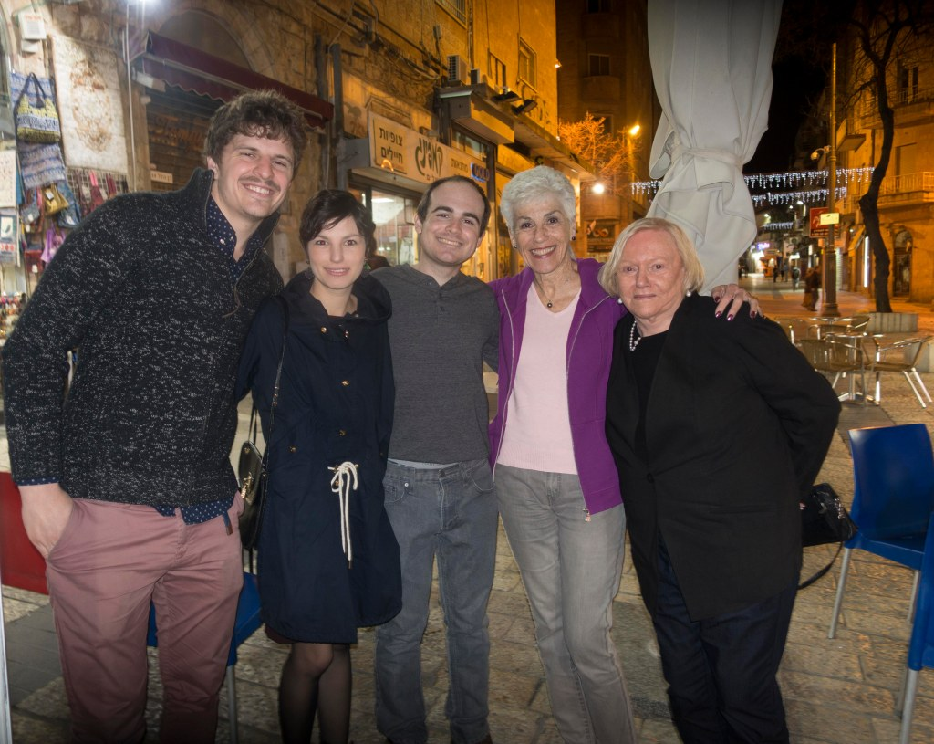 Toby, Lea, Aaron, Linda and Gail